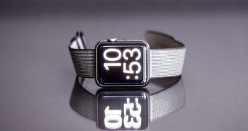 apple-watch-reflection